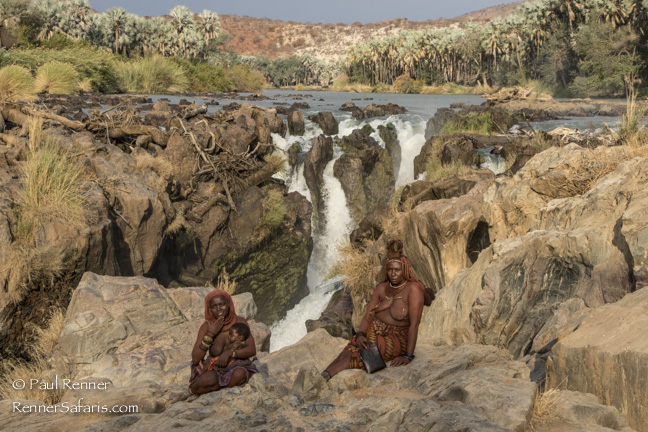 Himba Ladies with Baby at Popa Falls Namibia-9513